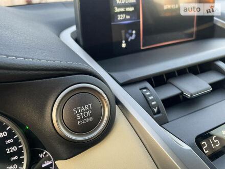 Білий Лексус NX 200, об'ємом двигуна 2 л та пробігом 16 тис. км за 40500 $, фото 1 на Automoto.ua