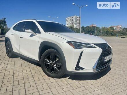 Белый Лексус UX 200, объемом двигателя 2 л и пробегом 45 тыс. км за 34999 $, фото 1 на Automoto.ua