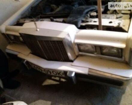 Белый Линкольн Континенталь, объемом двигателя 5 л и пробегом 10 тыс. км за 7500 $, фото 1 на Automoto.ua