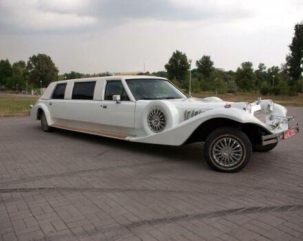 Белый Линкольн Экскалибур, объемом двигателя 4.6 л и пробегом 180 тыс. км за 6500 $, фото 1 на Automoto.ua