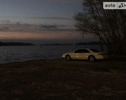 Білий Лінкольн Mark, об'ємом двигуна 4.6 л та пробігом 235 тис. км за 10000 $, фото 1 на Automoto.ua