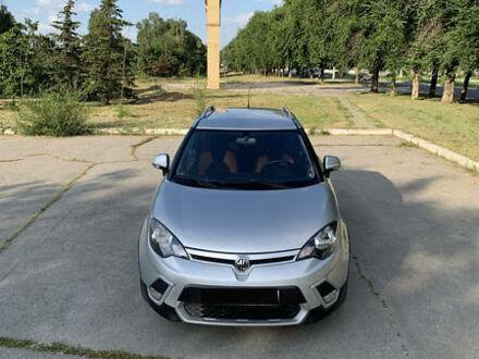 Сірий МГ 3 Крос, об'ємом двигуна 1.5 л та пробігом 46 тис. км за 7500 $, фото 1 на Automoto.ua