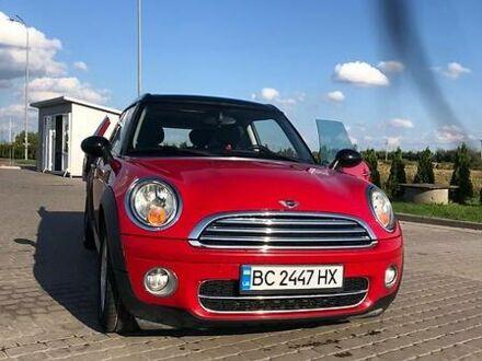 Червоний Міні Clubman, об'ємом двигуна 1.6 л та пробігом 250 тис. км за 6700 $, фото 1 на Automoto.ua