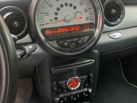Червоний Міні Clubman, об'ємом двигуна 1.6 л та пробігом 106 тис. км за 8150 $, фото 1 на Automoto.ua