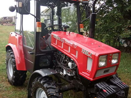 Красный МТЗ 320.4 Беларус, объемом двигателя 1.6 л и пробегом 1 тыс. км за 11500 $, фото 1 на Automoto.ua