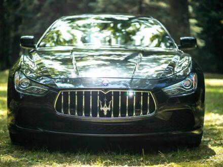Черный Мазерати Гибли, объемом двигателя 3 л и пробегом 38 тыс. км за 33999 $, фото 1 на Automoto.ua