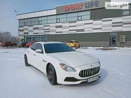 Білий Мазераті Quattroporte, об'ємом двигуна 3 л та пробігом 59 тис. км за 49000 $, фото 1 на Automoto.ua