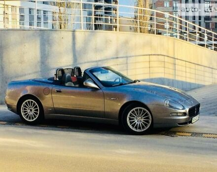 Серебряный Мазерати Спайдер, объемом двигателя 4.25 л и пробегом 33 тыс. км за 27000 $, фото 1 на Automoto.ua