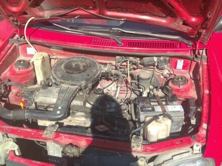 Красный Мазда 121, объемом двигателя 1.3 л и пробегом 1 тыс. км за 2000 $, фото 1 на Automoto.ua
