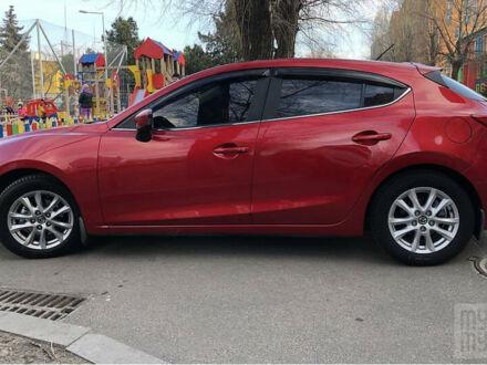 Красный Мазда 3, объемом двигателя 1.5 л и пробегом 64 тыс. км за 12500 $, фото 1 на Automoto.ua