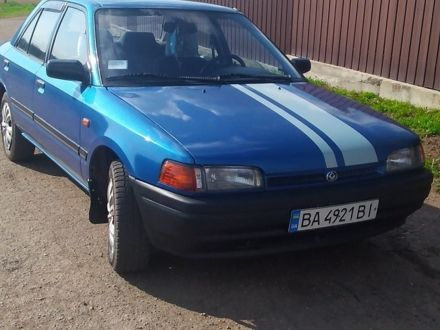 Синий Мазда 323, объемом двигателя 1.7 л и пробегом 1 тыс. км за 2200 $, фото 1 на Automoto.ua