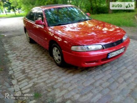 Красный Мазда 626, объемом двигателя 1.8 л и пробегом 350 тыс. км за 2300 $, фото 1 на Automoto.ua