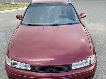 Красный Мазда 626, объемом двигателя 1.8 л и пробегом 50 тыс. км за 1850 $, фото 1 на Automoto.ua