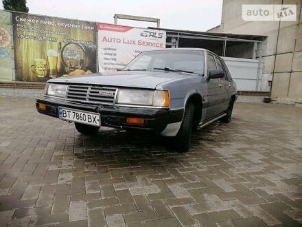 Сірий Мазда 929, об'ємом двигуна 2 л та пробігом 400 тис. км за 1000 $, фото 1 на Automoto.ua