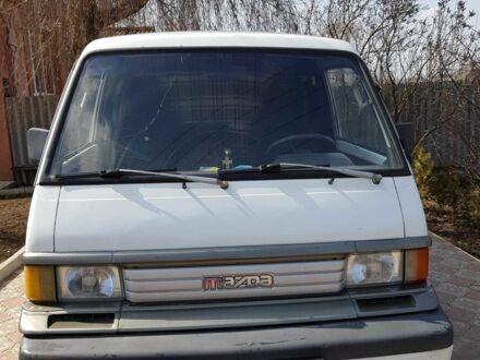 Белый Мазда E 2000,2200 Bus, объемом двигателя 2.2 л и пробегом 420 тыс. км за 3000 $, фото 1 на Automoto.ua