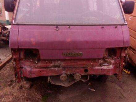 Червоний Мазда E 2000,2200 Bus, об'ємом двигуна 2 л та пробігом 1 тис. км за 373 $, фото 1 на Automoto.ua