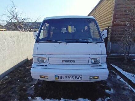 Белый Мазда Е2200, объемом двигателя 0 л и пробегом 500 тыс. км за 3600 $, фото 1 на Automoto.ua