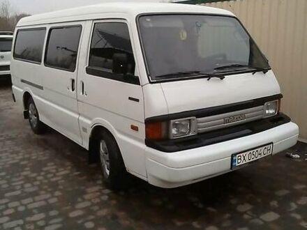 Белый Мазда Е2200, объемом двигателя 2.2 л и пробегом 261 тыс. км за 3500 $, фото 1 на Automoto.ua