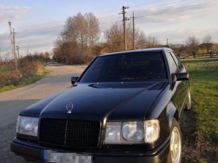 Черный Мерседес 230, объемом двигателя 2.3 л и пробегом 250 тыс. км за 3300 $, фото 1 на Automoto.ua