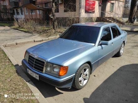 Синій Мерседес 230, об'ємом двигуна 2.3 л та пробігом 778 тис. км за 3250 $, фото 1 на Automoto.ua