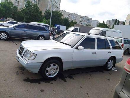 Білий Мерседес 250, об'ємом двигуна 2.5 л та пробігом 444 тис. км за 4000 $, фото 1 на Automoto.ua