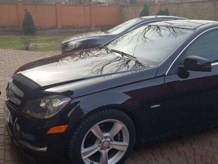 Черный Мерседес 250, объемом двигателя 1.8 л и пробегом 1 тыс. км за 12500 $, фото 1 на Automoto.ua