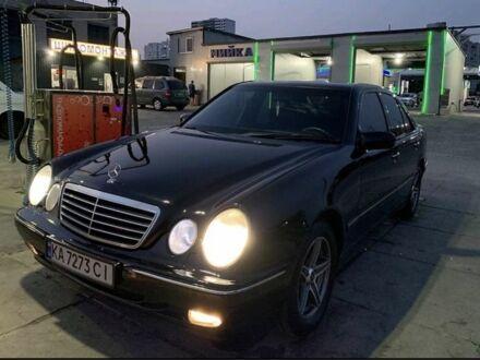 Черный Мерседес 280, объемом двигателя 2.8 л и пробегом 413 тыс. км за 7000 $, фото 1 на Automoto.ua