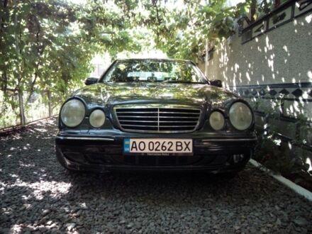 Серый Мерседес 280, объемом двигателя 0.28 л и пробегом 280 тыс. км за 5000 $, фото 1 на Automoto.ua