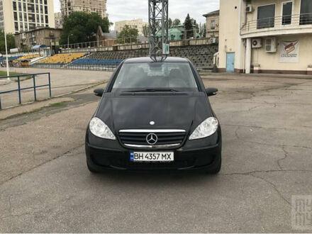 Чорний Мерседес А 150, об'ємом двигуна 1.5 л та пробігом 213 тис. км за 6800 $, фото 1 на Automoto.ua