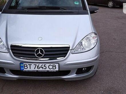 Сірий Мерседес А 150, об'ємом двигуна 1.5 л та пробігом 159 тис. км за 6500 $, фото 1 на Automoto.ua