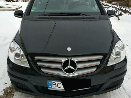 Черный Мерседес Б 180, объемом двигателя 2 л и пробегом 275 тыс. км за 8800 $, фото 1 на Automoto.ua