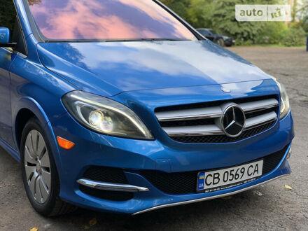 Синій Мерседес Б 250, об'ємом двигуна 0 л та пробігом 72 тис. км за 16300 $, фото 1 на Automoto.ua