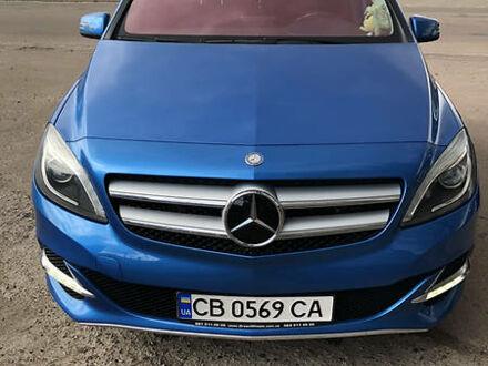Синий Мерседес Б 250, объемом двигателя 0 л и пробегом 75 тыс. км за 16500 $, фото 1 на Automoto.ua