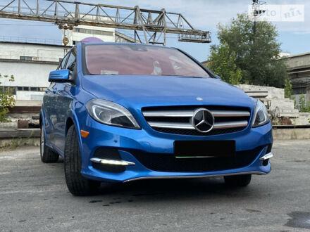 Синий Мерседес Б 250, объемом двигателя 0 л и пробегом 80 тыс. км за 22500 $, фото 1 на Automoto.ua