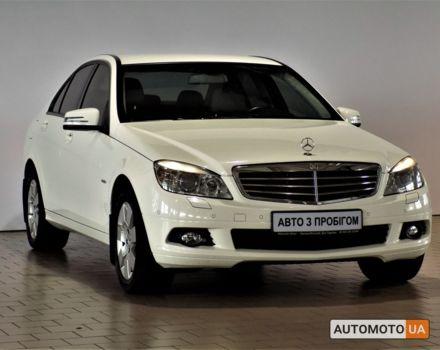 Белый Мерседес Ц 180, объемом двигателя 1.8 л и пробегом 132 тыс. км за 18090 $, фото 1 на Automoto.ua