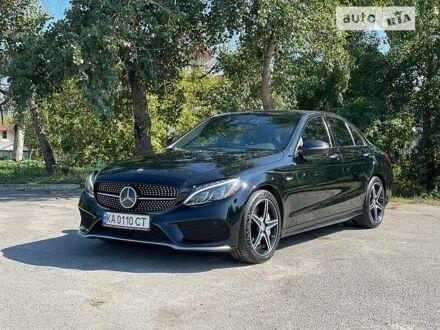 Черный Мерседес C 450, объемом двигателя 3 л и пробегом 120 тыс. км за 31900 $, фото 1 на Automoto.ua