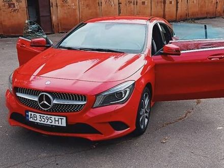 Красный Мерседес ЦЛА 200, объемом двигателя 2.1 л и пробегом 123 тыс. км за 19500 $, фото 1 на Automoto.ua
