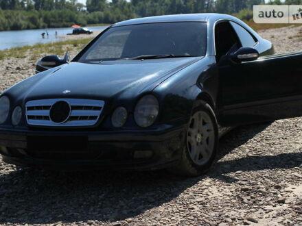 Черный Мерседес ЦЛК 200, объемом двигателя 2 л и пробегом 200 тыс. км за 4200 $, фото 1 на Automoto.ua