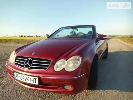 Красный Мерседес ЦЛК 200, объемом двигателя 1.8 л и пробегом 206 тыс. км за 9999 $, фото 1 на Automoto.ua