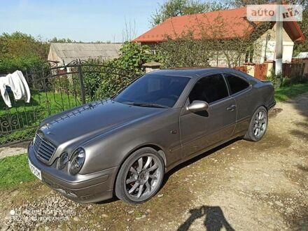 Сірий Мерседес ЦЛК 230, об'ємом двигуна 2.3 л та пробігом 320 тис. км за 6850 $, фото 1 на Automoto.ua