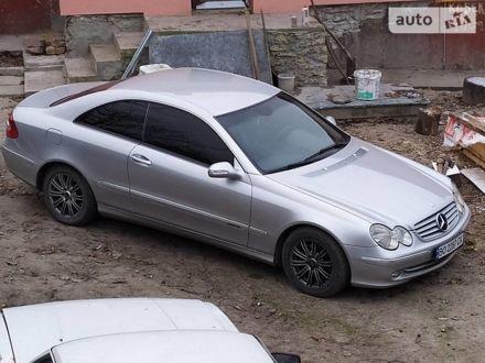 Сірий Мерседес ЦЛК 270, об'ємом двигуна 2.7 л та пробігом 280 тис. км за 9000 $, фото 1 на Automoto.ua