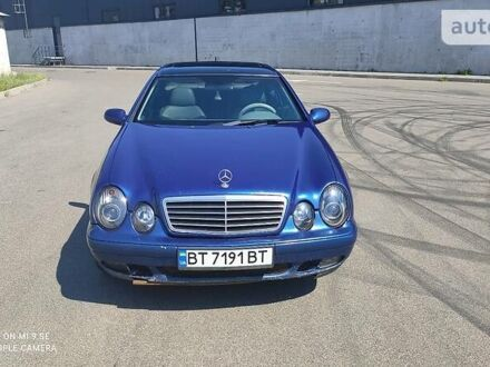 Синій Мерседес ЦЛК 320, об'ємом двигуна 3.2 л та пробігом 372 тис. км за 5000 $, фото 1 на Automoto.ua