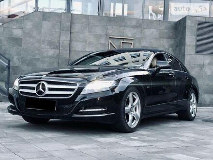 Чорний Мерседес ЦЛС 250, об'ємом двигуна 2.1 л та пробігом 183 тис. км за 27800 $, фото 1 на Automoto.ua