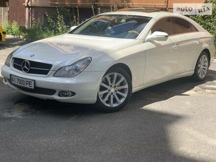 Белый Мерседес ЦЛС 350, объемом двигателя 3.5 л и пробегом 200 тыс. км за 14000 $, фото 1 на Automoto.ua