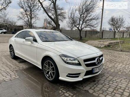 Белый Мерседес ЦЛС 550, объемом двигателя 4.7 л и пробегом 78 тыс. км за 25000 $, фото 1 на Automoto.ua