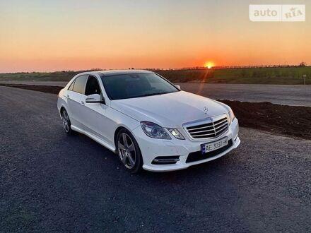 Білий Мерседес E 250, об'ємом двигуна 2.2 л та пробігом 81 тис. км за 22400 $, фото 1 на Automoto.ua
