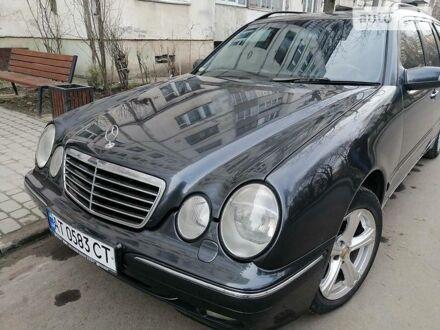 Чорний Мерседес Е 320, об'ємом двигуна 3.2 л та пробігом 330 тис. км за 5200 $, фото 1 на Automoto.ua