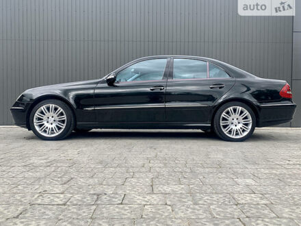 Чорний Мерседес Е 320, об'ємом двигуна 3.2 л та пробігом 280 тис. км за 11000 $, фото 1 на Automoto.ua