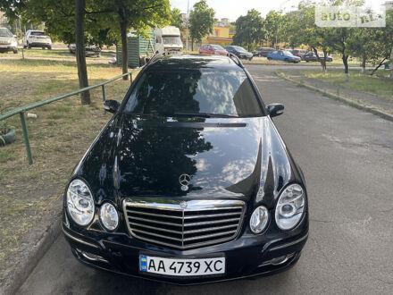 Чорний Мерседес Е 320, об'ємом двигуна 3.2 л та пробігом 256 тис. км за 7500 $, фото 1 на Automoto.ua