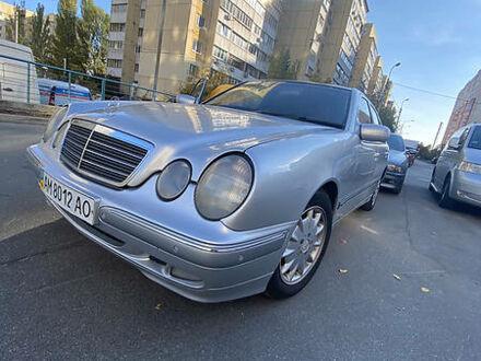 Мерседес Е 320, об'ємом двигуна 3.2 л та пробігом 342 тис. км за 6600 $, фото 1 на Automoto.ua